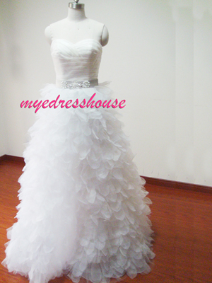 Myedresshouse Hauter Couture Sweetheart Organza A-line Wedding Dress