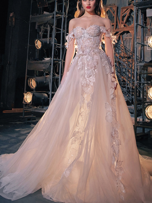 KAILA Inspired By Galia Lahav Bridal Couture Collection Make A Scene