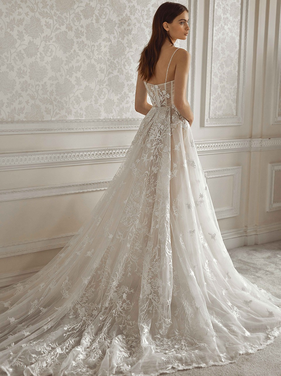 Pavlova Inspirated By Dancing Queen Of Galia Lahav  FW 2021 Bridal Couture